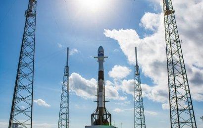 SpaceX запустила ракету с 60 спутниками