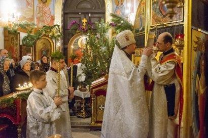 В храмах Одессы прошла Рождественская литургия