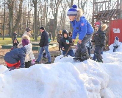 В парке Шевченко «выпал» снег
