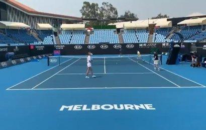 На Australian Open остановили тренировки из-за дыма от лесных пожаров