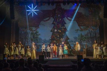 Более тысячи детей побывали на одесской Митрополичьей ёлке