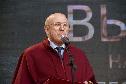 Выпускникам Одесской Юракадемии торжественно вручили дипломы магистров