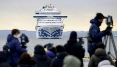 С лайнера Diamond Princess начали эвакуировать пассажиров