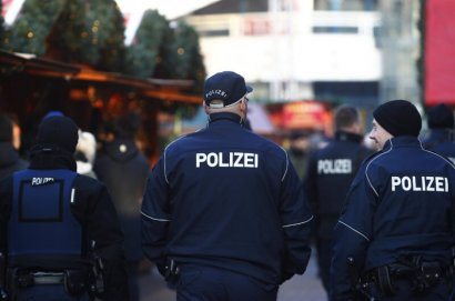 В Германии авто влетело в толпу людей на карнавале. 15 человек ранены