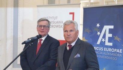 Экс-президенты Польши призвали власти страны помочь украинским заробитчанам