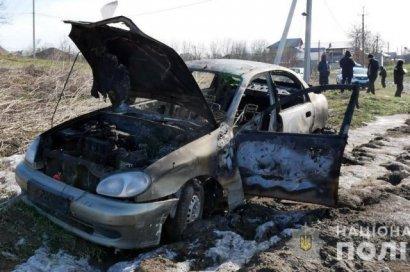В Черновцах пьяный водитель насмерть сбил женщину, а потом сжег свое авто