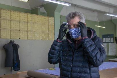 В профтехучилище сферы услуг Одесской Юракадемии шьют защитные маски