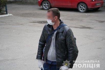 В Тернополе женщина не впустила мужа домой, так как он вернулся из Польши